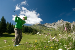 Chabichou_Golf_credit photo Courchevel Tourisme et Jerome Kelagopian