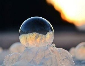 des-sumbliles-bulles-de-savon-gelees-par-le-froid14