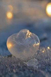 des-sumbliles-bulles-de-savon-gelees-par-le-froid23