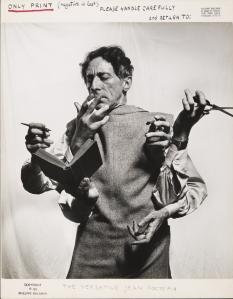 MEL_HALSMAN_Philippe_Cocteau lArtiste multidisciplinaire 1949 (c) 2013 Philippe Halsman Archive Magnum Photos