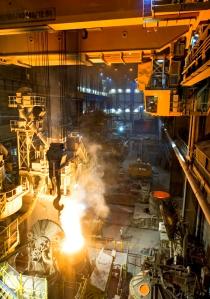 konecranes-wayup-12014-steel-mill-600x856px