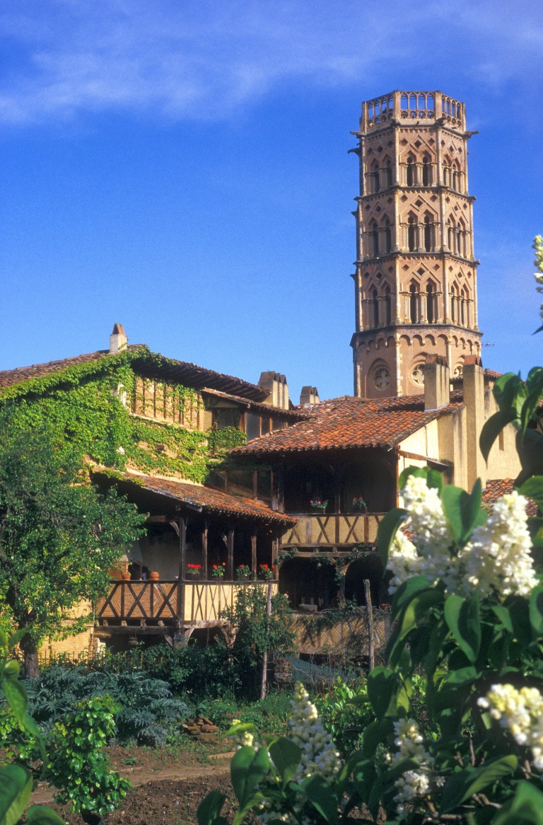 Eglise de Rieux-Volvestre.jpg